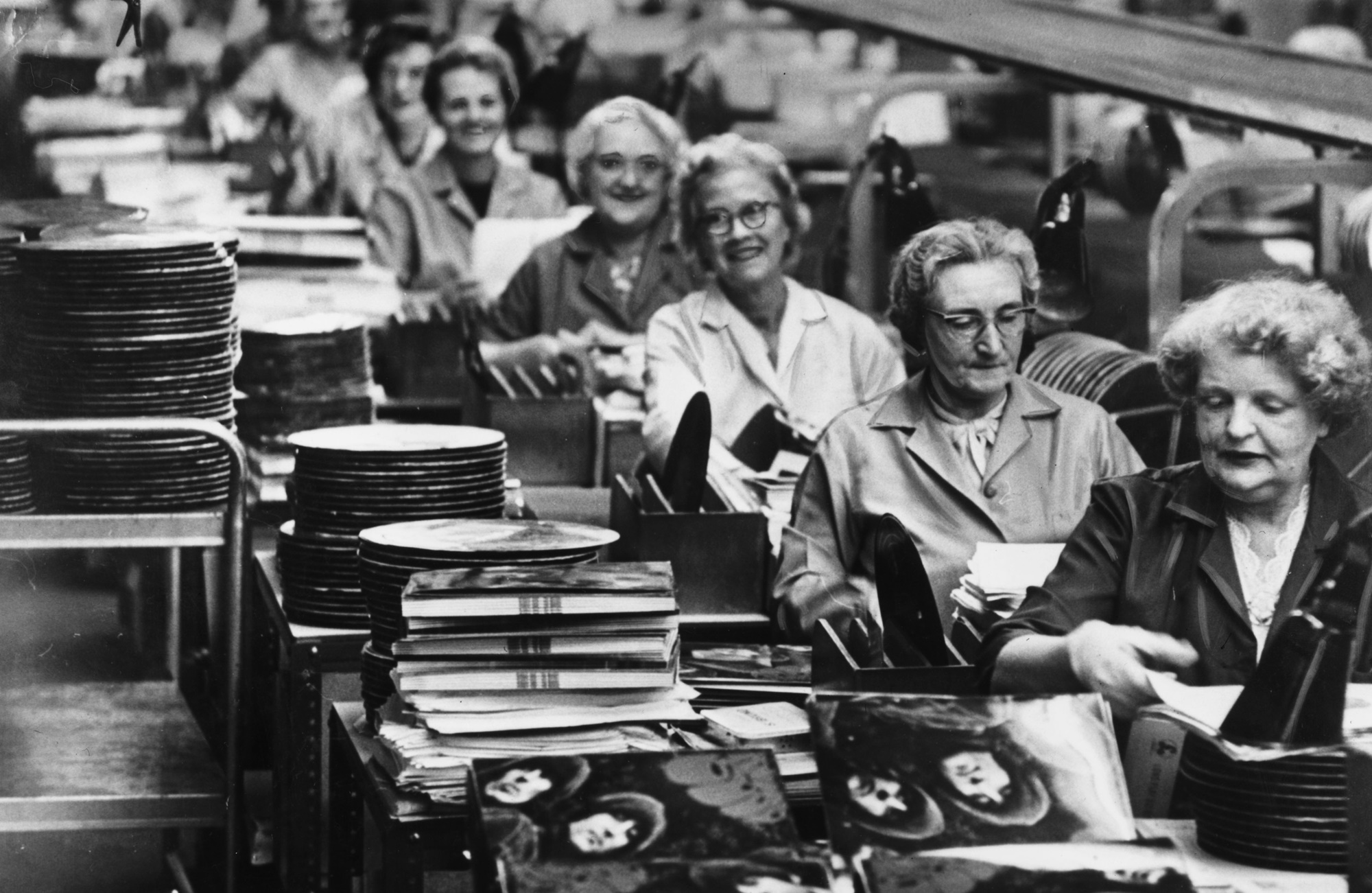 1270676_The-Beatle-Rubber-Soul-in-final-stages-of-production-at-The-Old-Vinyl-Factory-Nov-1965